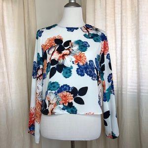 Vince Camuto floral long sleeve petite blouse